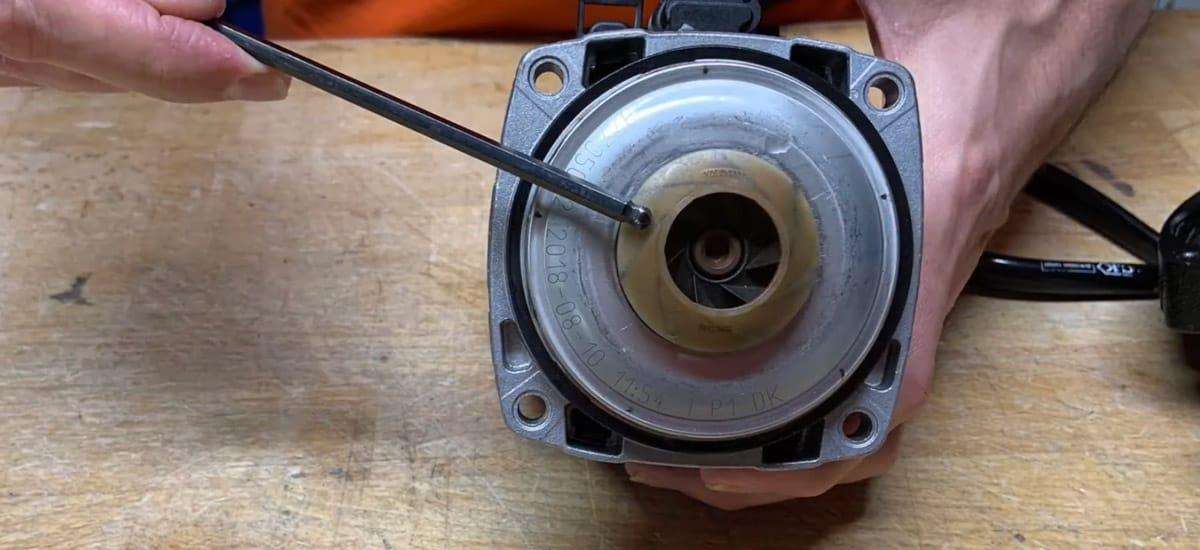 Sådan retter du fejlen når pumpen sætter ud